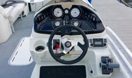 2013 JC TriToon NepToon Sport 23 S150. - 15