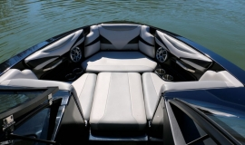 Axis-T22-Wakeboard-Boat-Rental-10