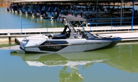 Axis-T22-Wakeboard-Boat-Rental-3