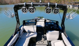 Axis-T22-Wakeboard-Boat-Rental-9