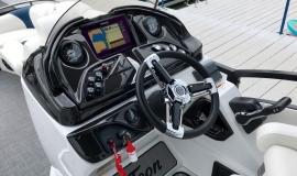 2019-JC-TriToon-SportToon-24TT-Suzuki-250-20