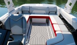 Malibu-23-LSV-Wakeboard-Boat-Rental-14
