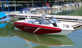 Malibu-23-LSV-Wakeboard-Boat-Rental-2