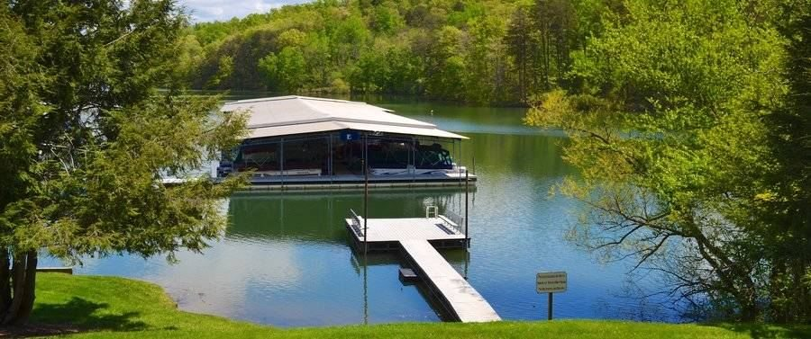 lakeside-lodging-cabin-rentals-north-georgia-swim-dock_1