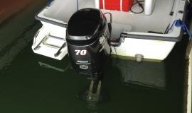 boston-whaler-boat-rental-suzuki