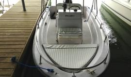 boston-whaler-runabout-boat-rental-north-georgia