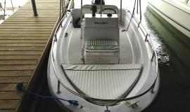 boston-whaler-runabout-boat-rental-north-georgia