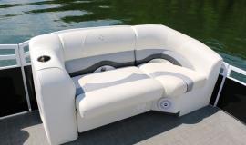 2015 sport pontoon rental4.jpg