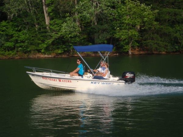 runabout rental on lake chatuge