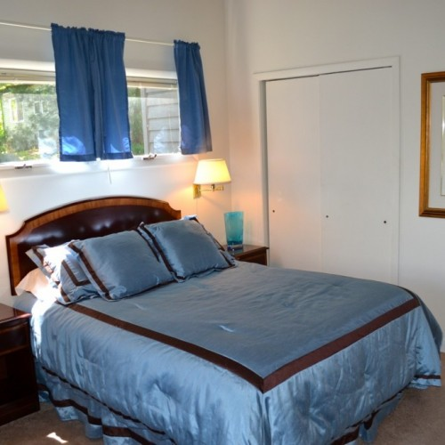 lakeside guest room - lodging and vacation rentals on lake chatuge at boundary waters resort