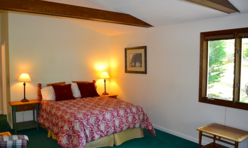 mountain view guest room - boundary waters resort in north ga