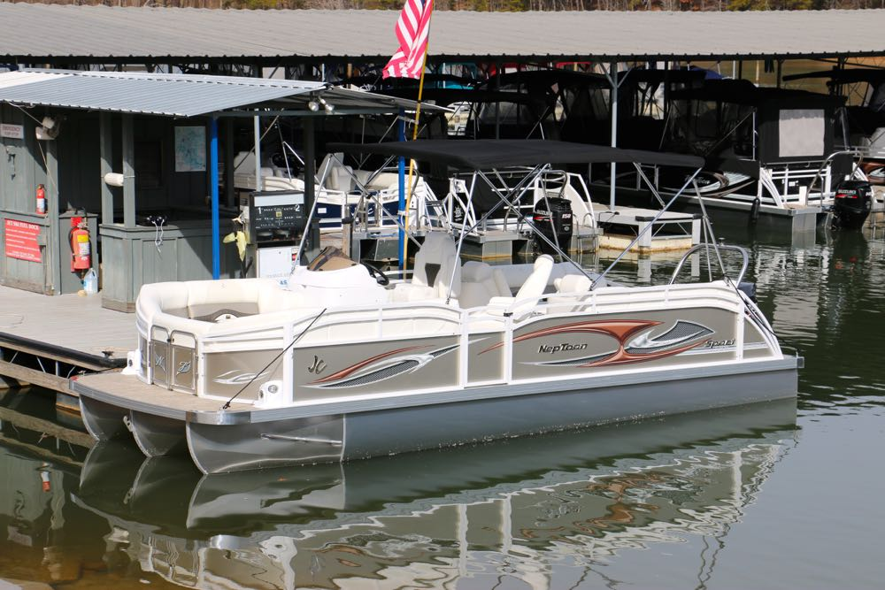 2015 NepToon Sport 23TT with aft lounge in Champagne - Boundary Waters Marina - Boat Sales