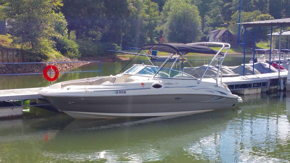 2006 SeaRay 240 sundeck - 1