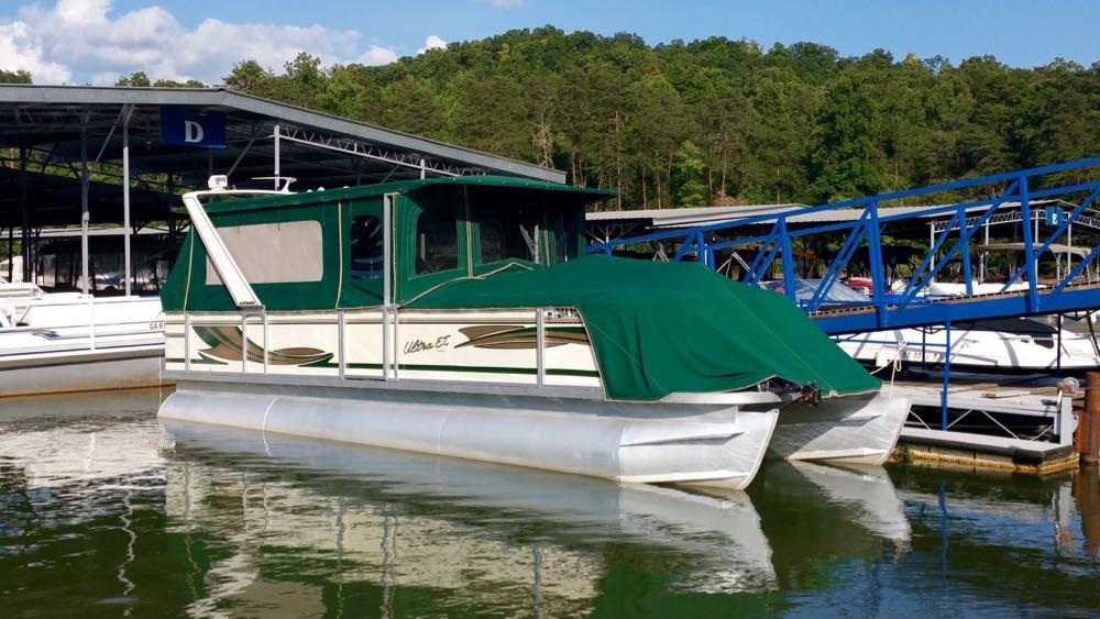 2000 crest pontoon boat for sale