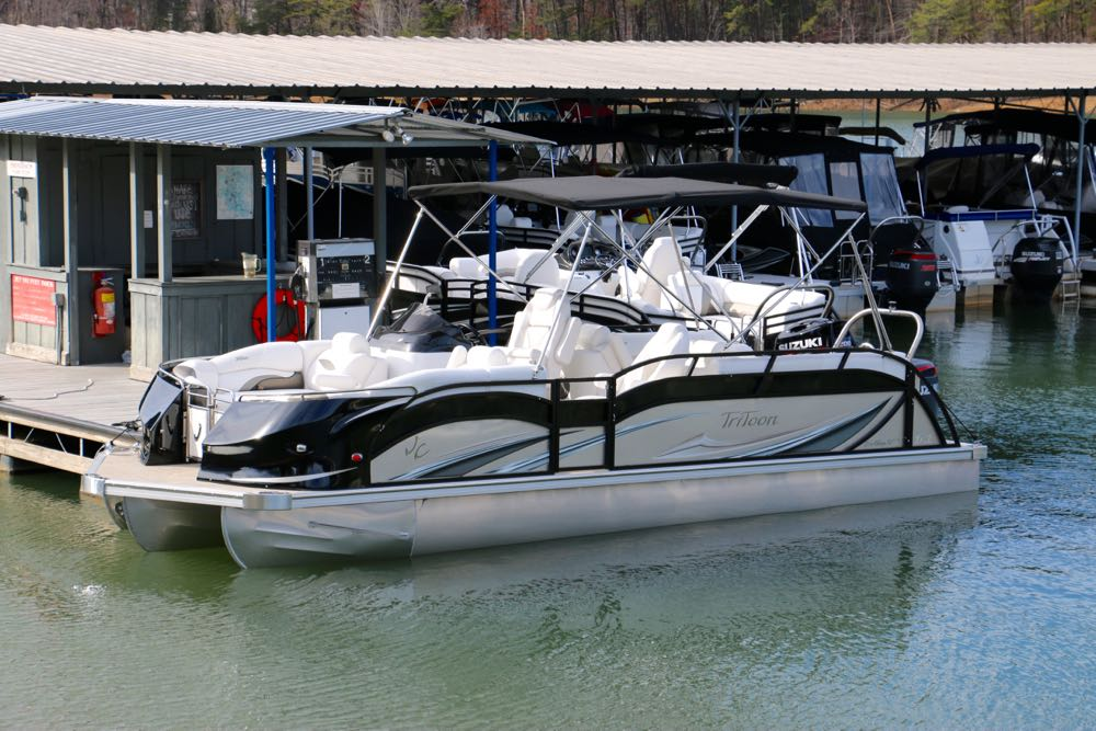 2018 jc Sporttoon tritoon 24 champagne black suzuki 250 for sale