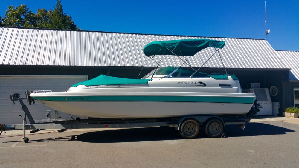 splendor cat deck boat for sale