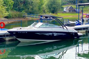 2010 Monterey ski boat for sale